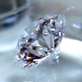 ブリリアントカットのダイヤモンド ルース