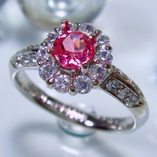 ピンクスピネルの指輪