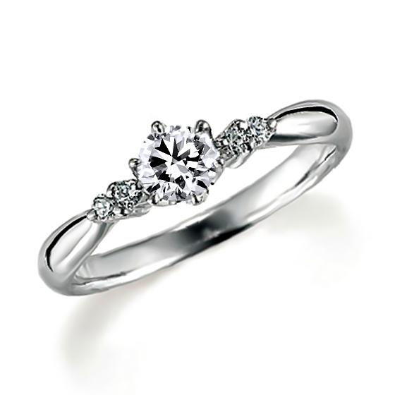 サイドストーンの婚約指輪