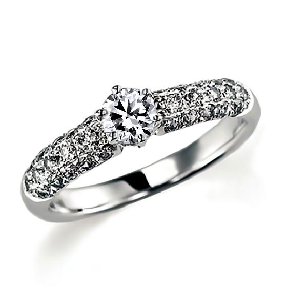 パヴェの婚約指輪