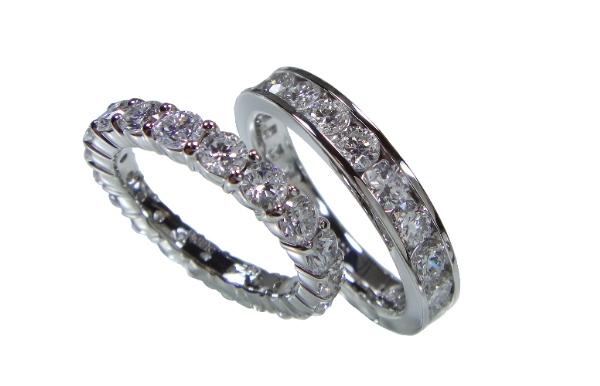 結婚指輪をペアでエタニティリング