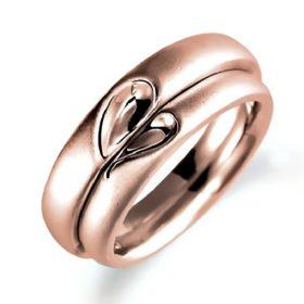 ピンクゴールドのペア結婚指輪、