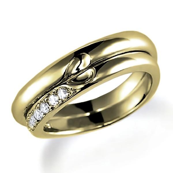合わせるとハートになるイエローゴールドのペア結婚指輪、シンプルデザイン。女性用のみダイヤモンド入り
