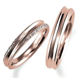 ピンクゴールドのペア結婚指輪、逆甲丸リング、女性用のみダイヤモンド入り