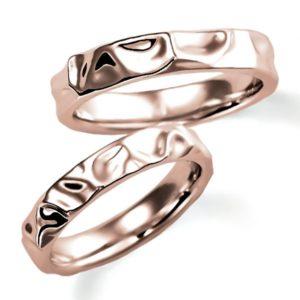 ピンクゴールドのペア結婚指輪、シンプルデザイン