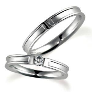 プラチナのペア結婚指輪、平打ち、女性用はダイヤモンド入り