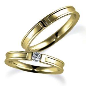 イエローゴールドのペア結婚指輪、平打ち、女性用はダイヤモンド入り