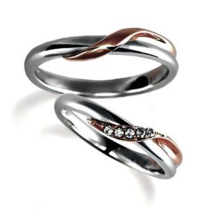 プラチナとピンクゴールドの融合させた抱き合わせアーム、ペア結婚指輪(マリッジリング)女性用はダイヤモンド5個入り