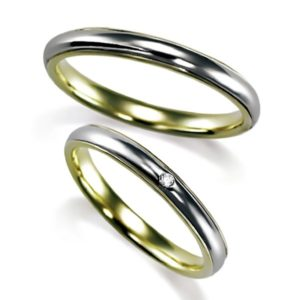 プラチナとイエローゴールドの組合せ、ペア結婚指輪・甲丸リング、ダイヤ1個入とシンプル