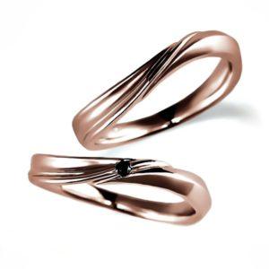 ピンクゴールドのペア結婚指輪・ウエーブ