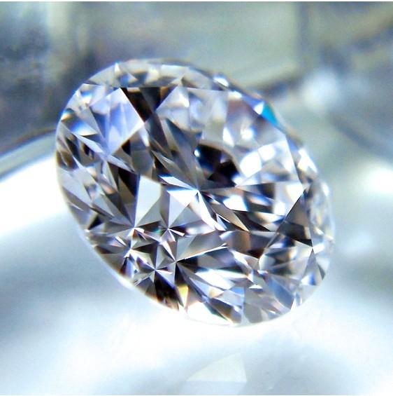 トリプルエクセレント・ハートアンドキューピッドのダイヤモンド
