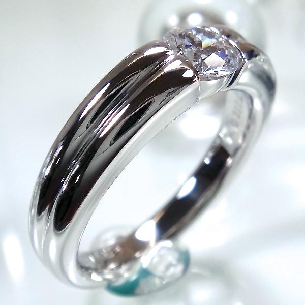 ソリティア・爪なしの婚約指輪(エンゲージリング)
